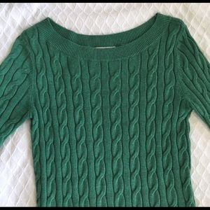 Sweater green color xs